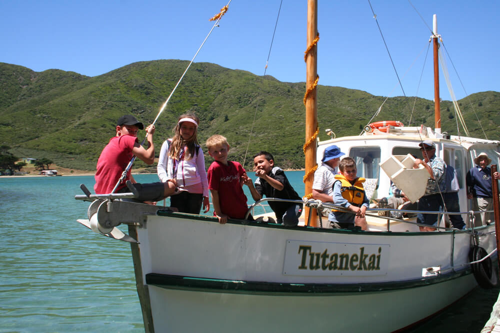 Tutanekai With School Kids Onboard Maori Eco Cruises In Marlborough Sounds NZ